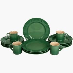 Le Creuset dinnerware set