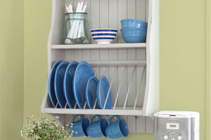 Plate rack storage to avoid surface scratching.